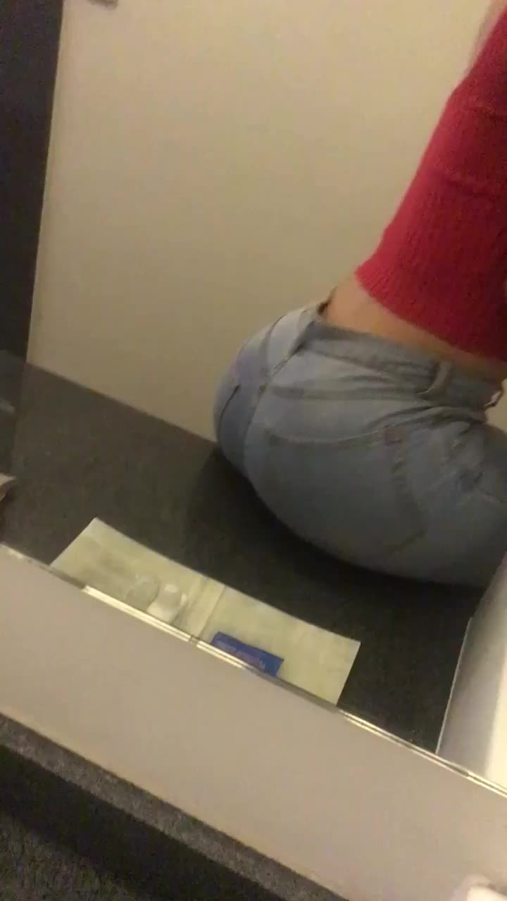 I'm such a big tease in jeans ;)