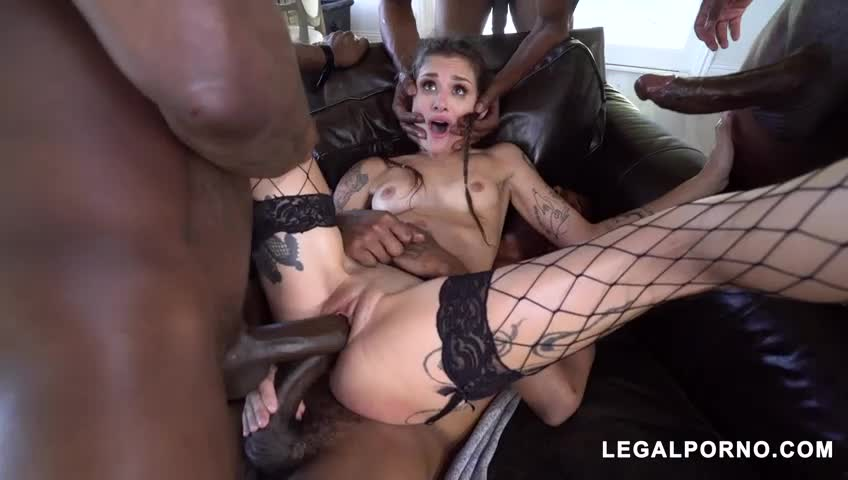 LUNA LOVELY GETS ALL HER HOLES DESTROYED BY BBC PART III, QUIVER ALERT! (source inside)