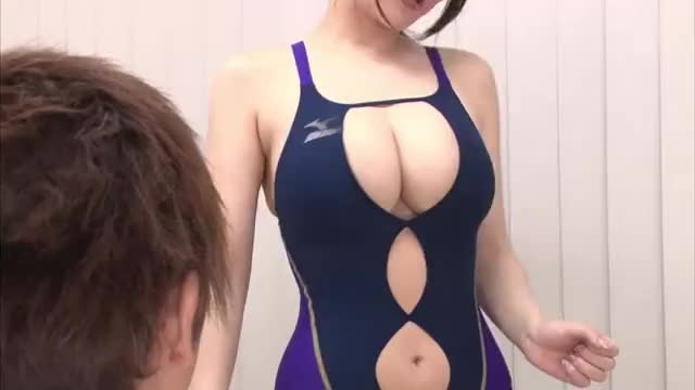 breasty Gym Trainer