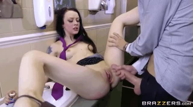 Danny teaches bratty Alessa Savage a lesson in the art of cumshot [xpost r/Danny_Being_Danny]