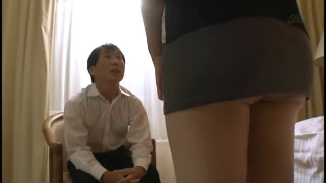 an Sasakura bares it all for a blowbang