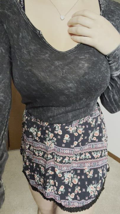 all of my weight goes to my naturally perky boobs, are they your type?