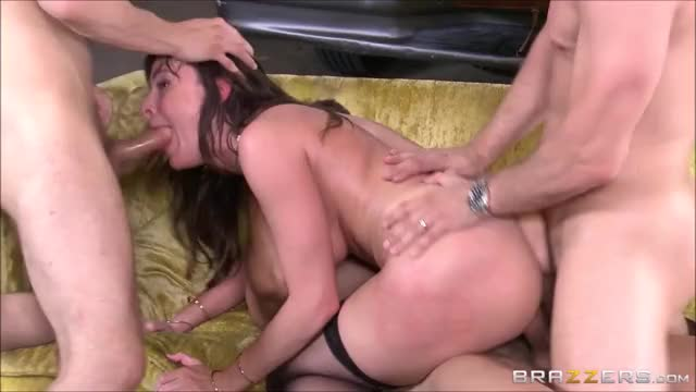 dana DeArmond getting one in each hole