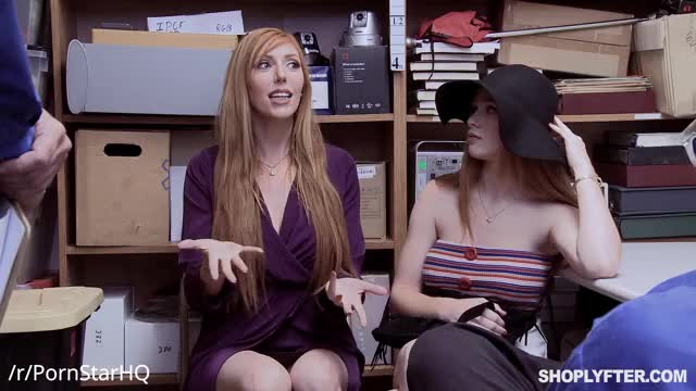 lauren Phillips & Scarlett Snow - Shoplyfter