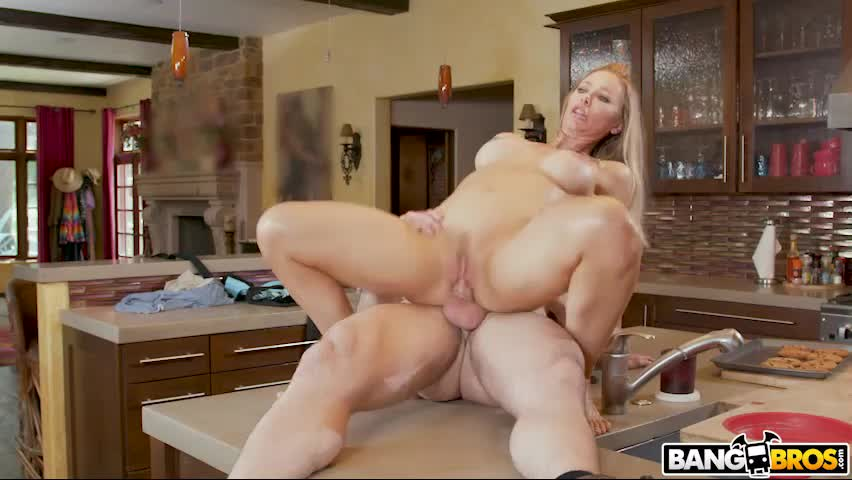 THE BEAUTIFUL NICOLE ANISTON part 4, CUMSHOT! (source in comments)