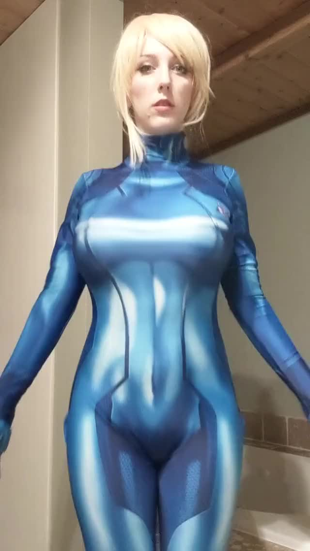samus cosplayer reveal