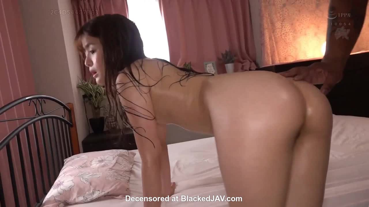 This little fuck machine can really take cock deep