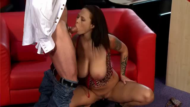 tattooed and Breasty Hotty Orall-service
