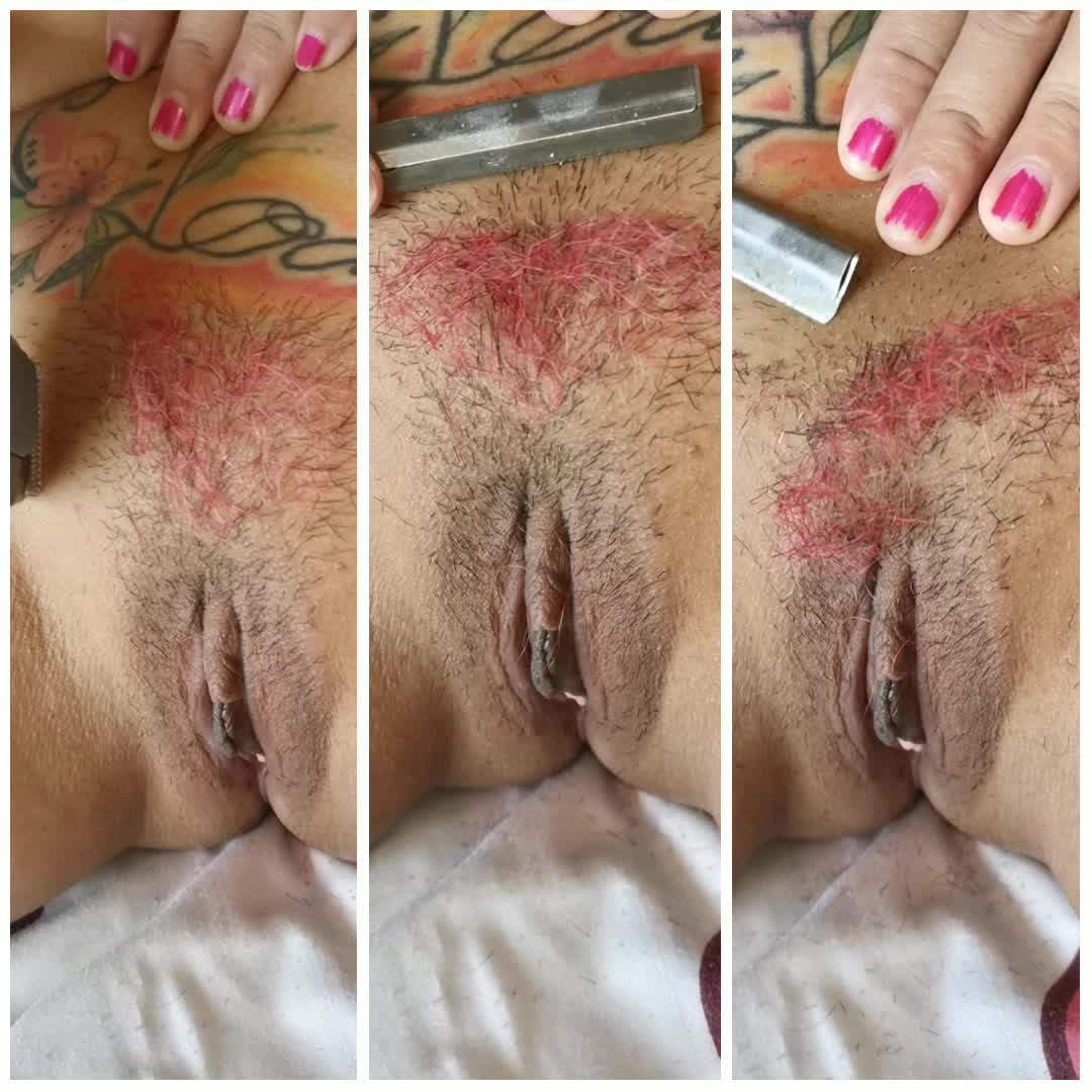 Shaving my dyed pussy gif