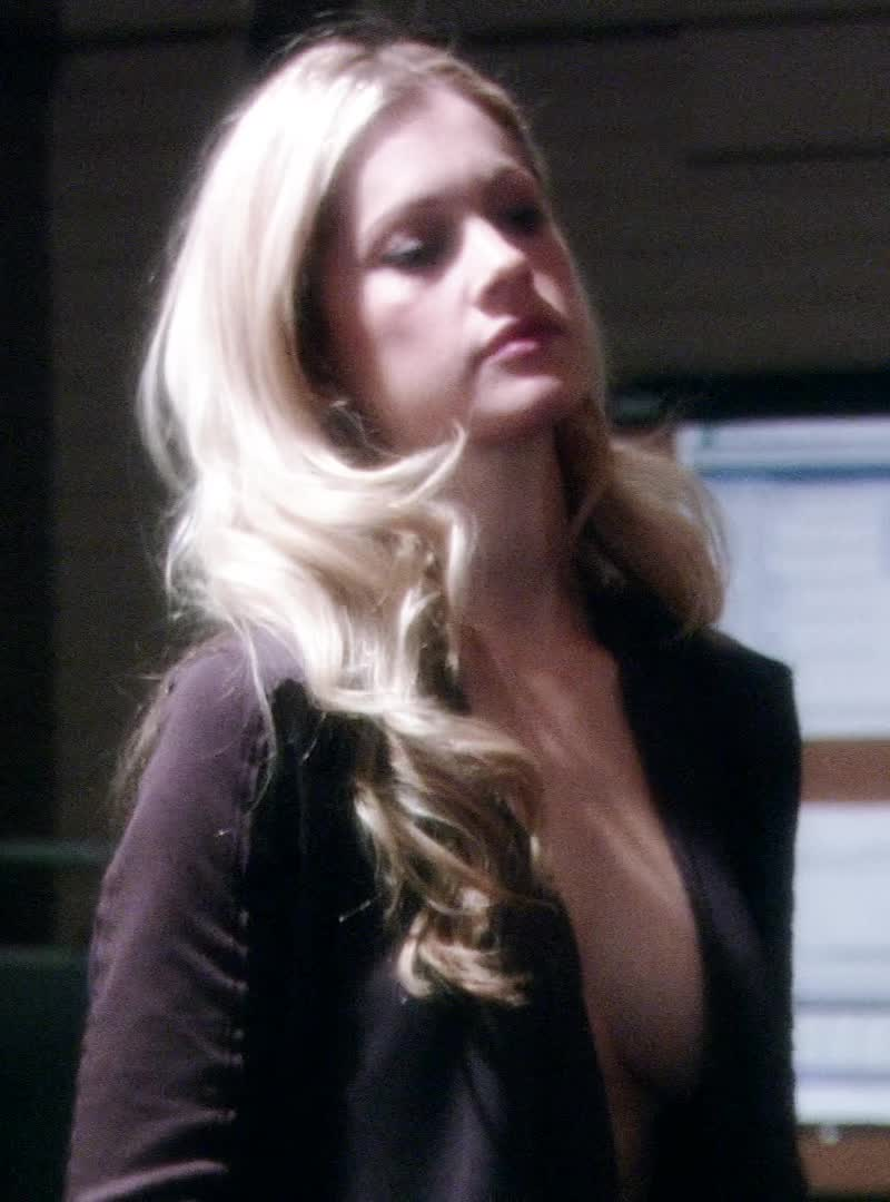 Gillian Alexy in Damages