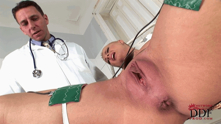 The doctor makes her pussy pulse through electricity