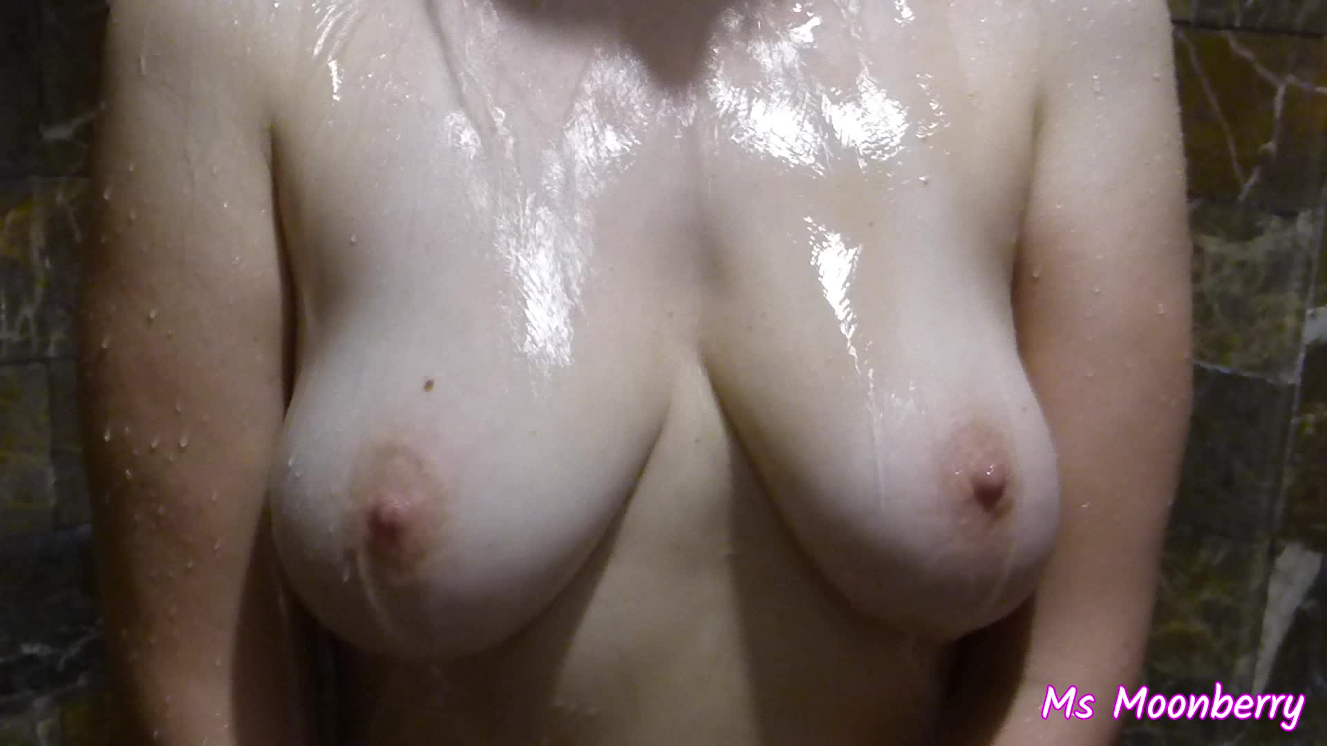 MsMoonberry showering - quick shower show - soaping tits and ass