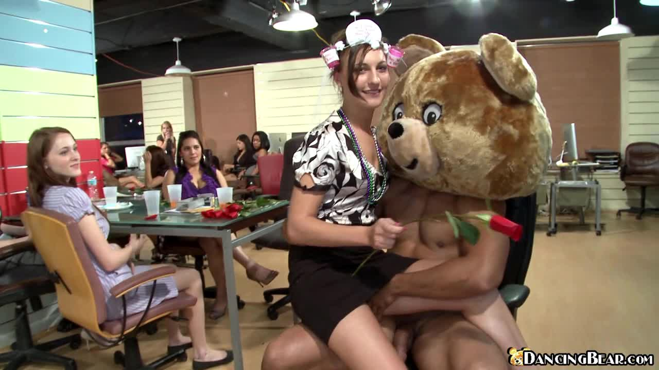 Danging bear girl sucks and fucks to an attentive audience