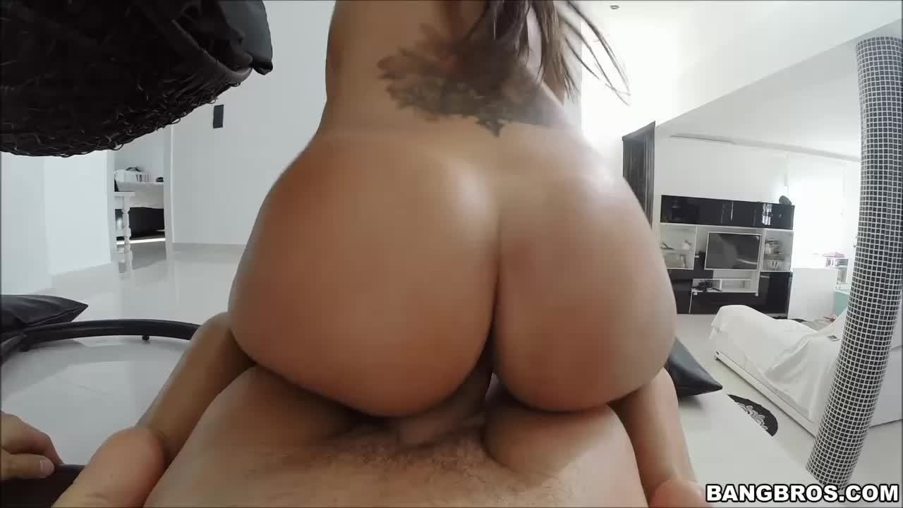 Girls round ass riding cock pictures