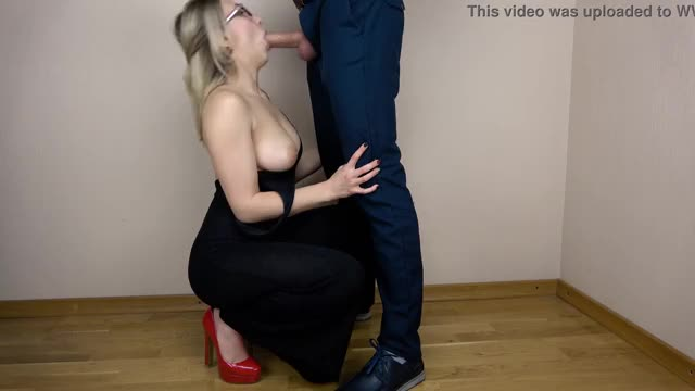 Naughty Blonde Secretary blowjob boss
