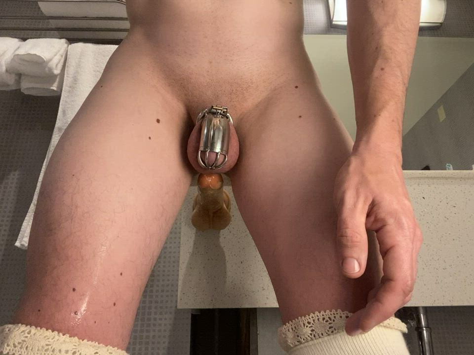 Feeling so close to cumming but still can't