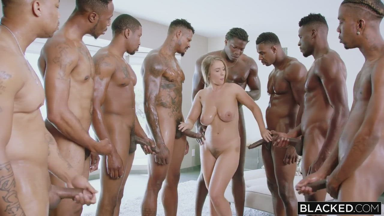 The banging of Lena Paul