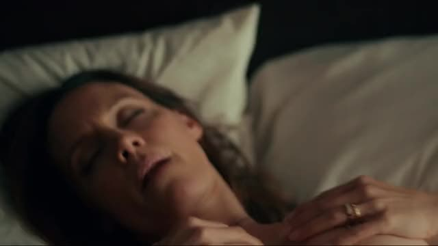 Emmanuelle Chriqui + KaDee Strickland Lesbian Plot in Shut Eye 1x01
