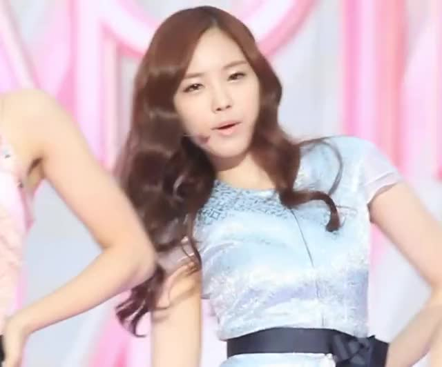 apink - Naeun's Perky Boobs