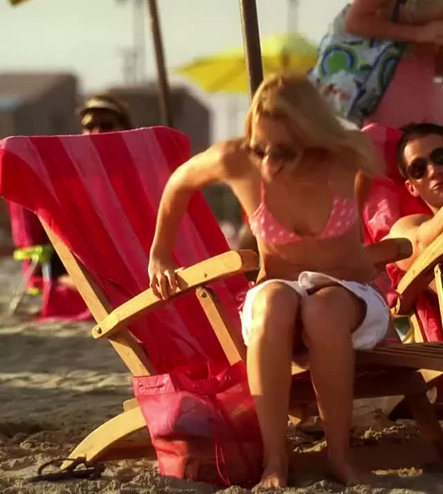 alona Tal bikini butt plot from Cane
