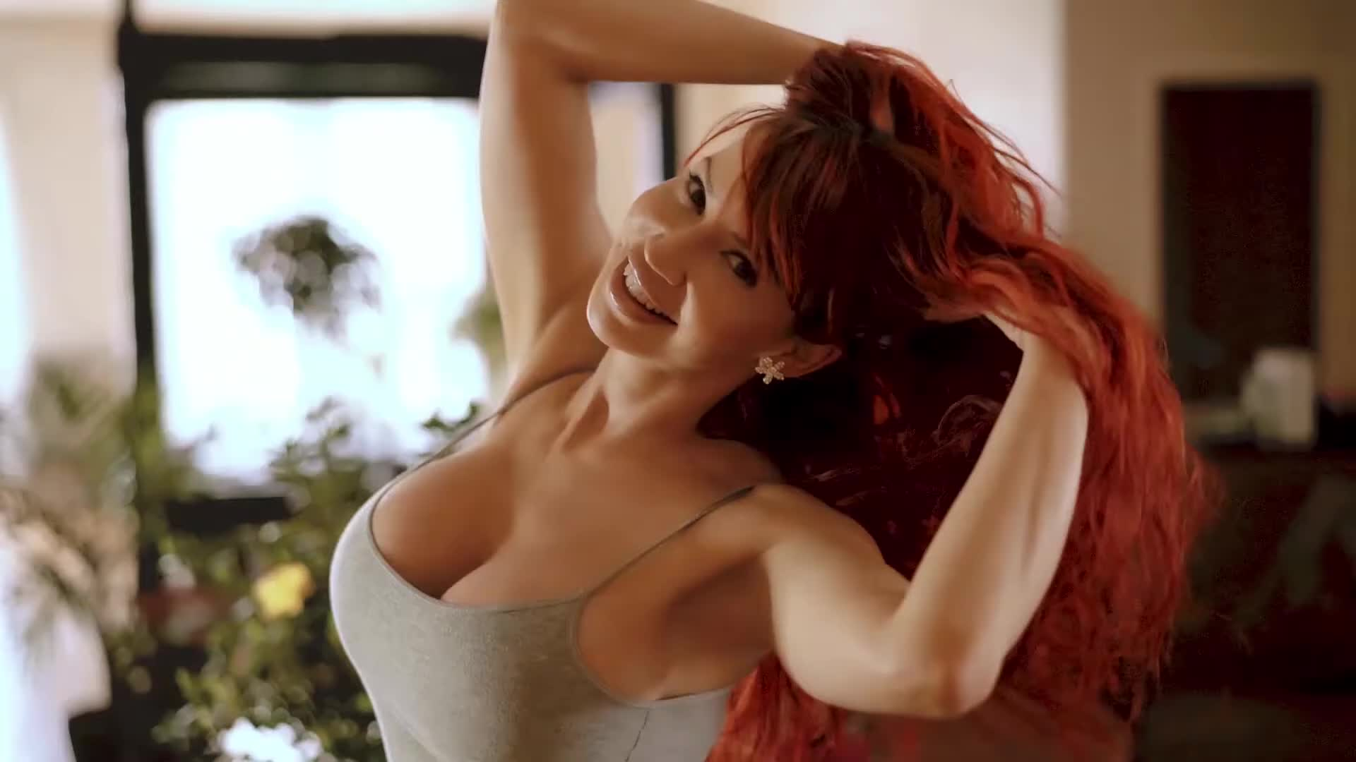 Bianca Beauchamp in tight jeans