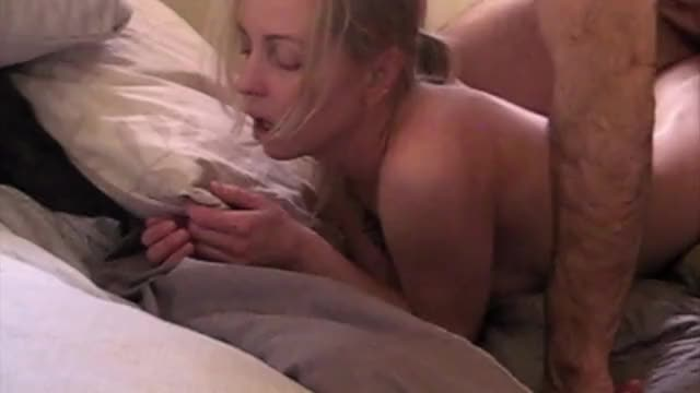 Bunny gets a deep hard fucking that leaves her quivering [F24] 5'4 105