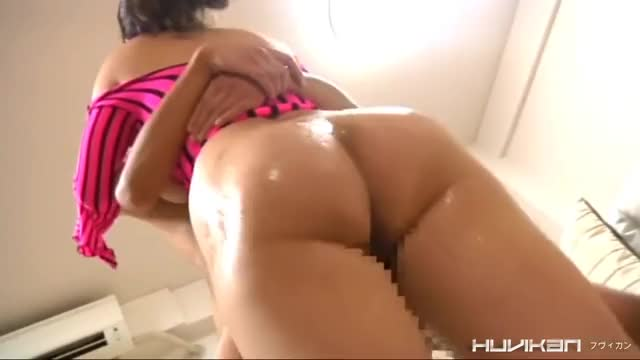 Shaking Her Amazing Big Ass
