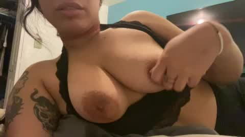 im dying to have my tits sucked