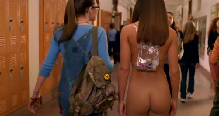 Cerina Vincent was naked for her entire role in Not Another Teen Movie