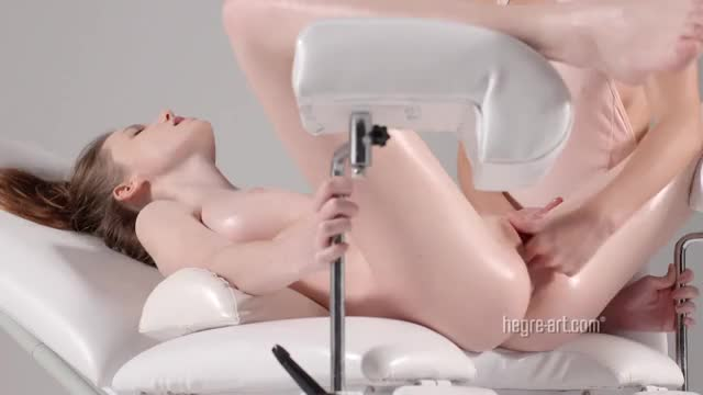 emily bloom video