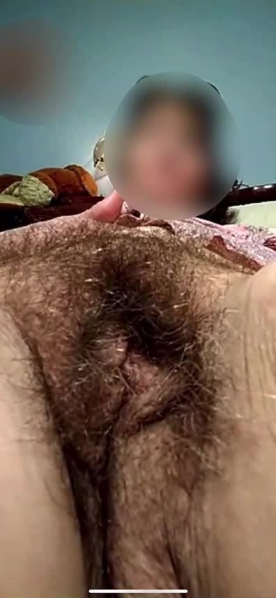 Getting tired of rubbing my mature Hairy Beast by myself... This hair pie needs more hands and fingers