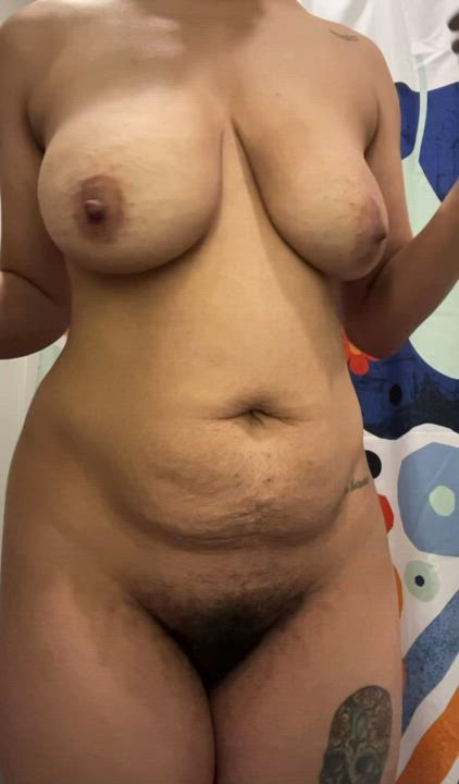 Milf tits swinging left and right