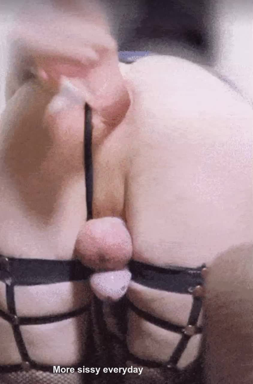 First caged sissygasm