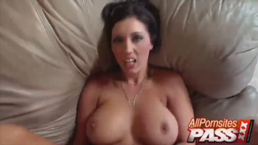Again her perfectly bouncing Tits in POV and a great Cumshot