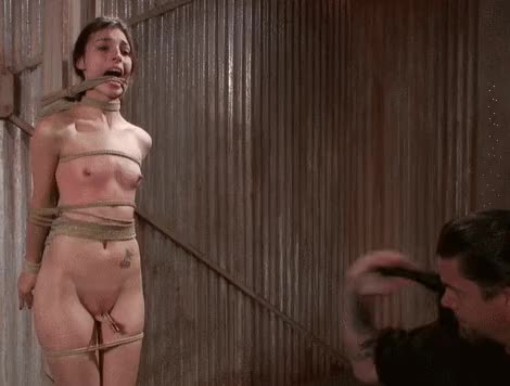 What is the effect of the combination of clothespins and whip? - bdsm therapy