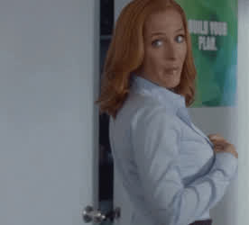 Gillian Anderson wants to see you in the back