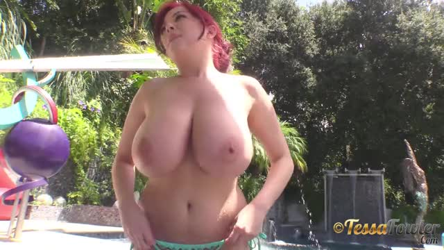tessas large butt titties