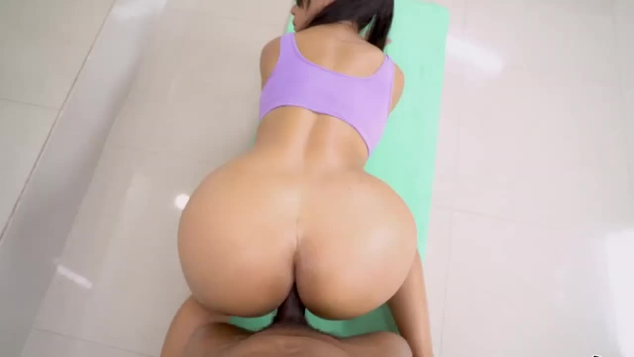 Gorgeous Latina with perfect ass fucked by a huge black cock guy HD