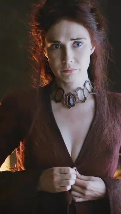 Carice van Houten disrobing in Game of Thrones (BRIGHTENED, CROPPED FOR MOBILE, 6 MIC)