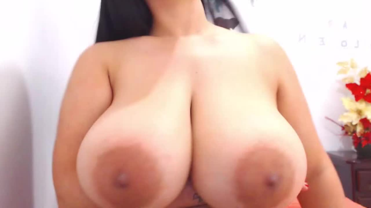 miss big round areolas