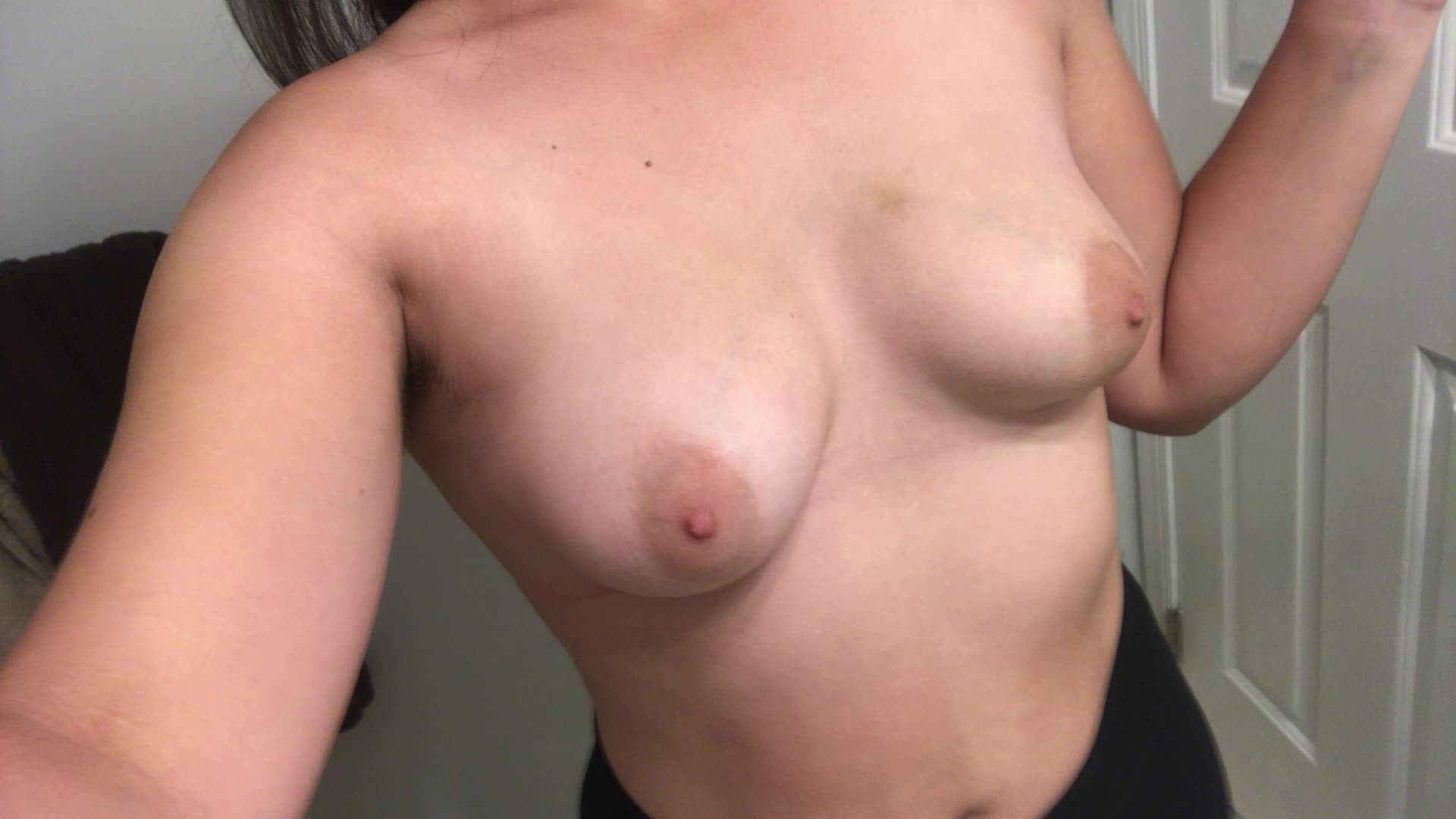 titty tuesday 🍒