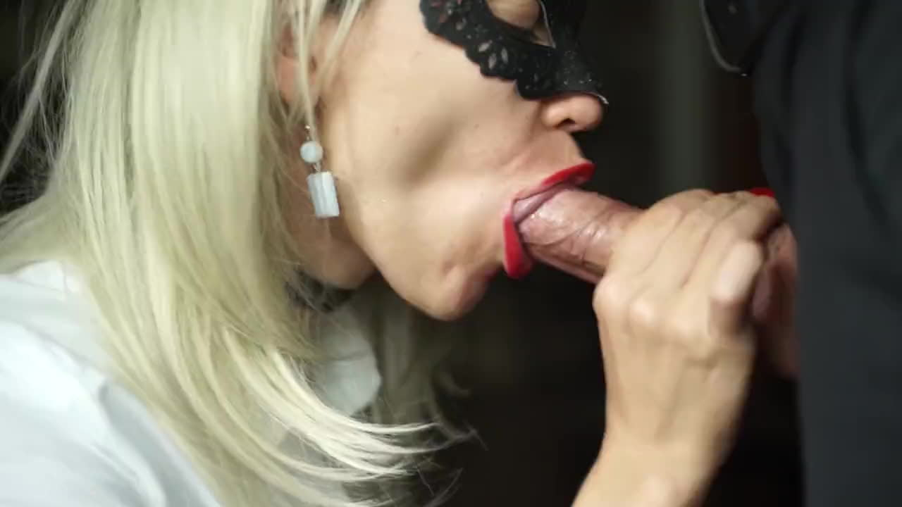 Sexy milf boss lisa in stockings sm65 - 4 1