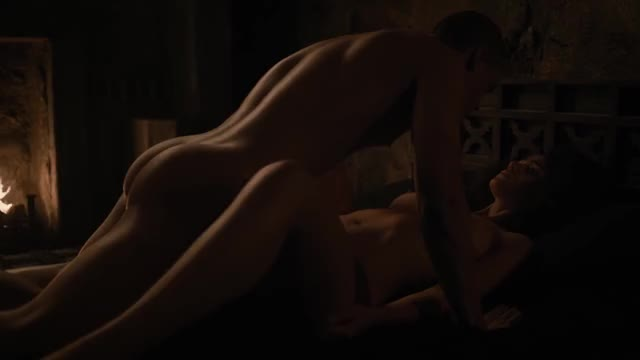 Game of Thrones 7x02 Grey Worm Missandei Kiss