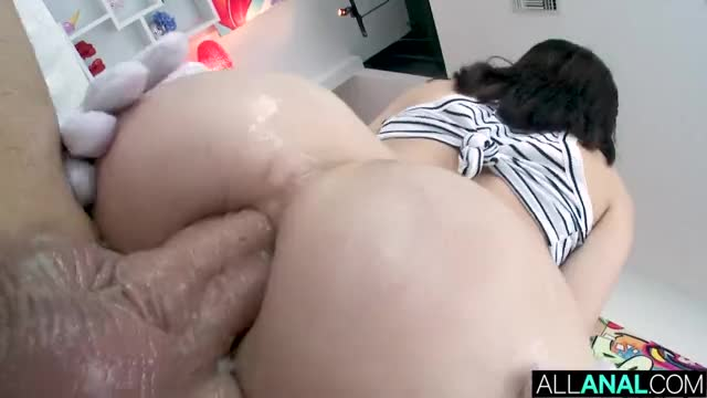 chicks Jane Wilde and Emily Willis in Hottest Anal job