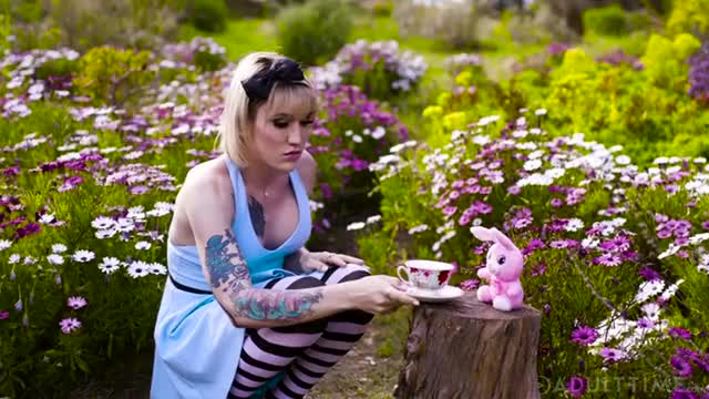lena Kelly, April O Neil - The Tea Party