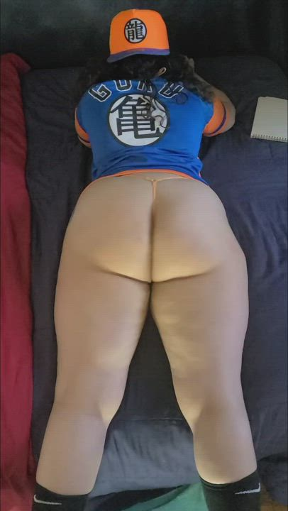 Would you fuck a thick DBZ chick?
