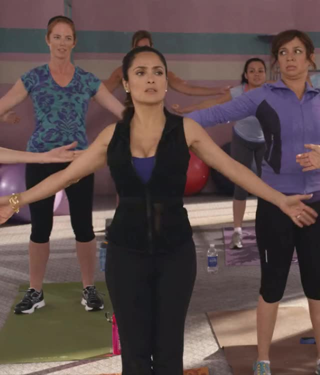 salma Hayek shaking plots in