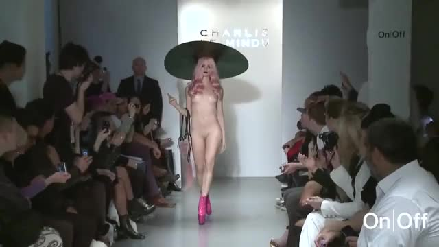 Nude walk in front of hundreds of people