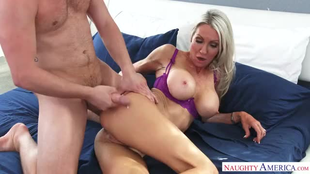 emma Starr - Discharged on Milf Butt