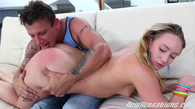 aJ Applegate Bulky Gazoo Blond Squirts And Gets Pounded